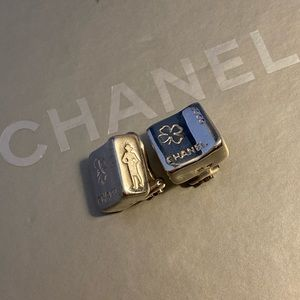 💯 Authentic Chanel Sterling Silver Clip Earrings
